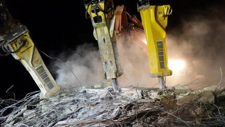 Hydraulic Breakers at Bridge Demolition